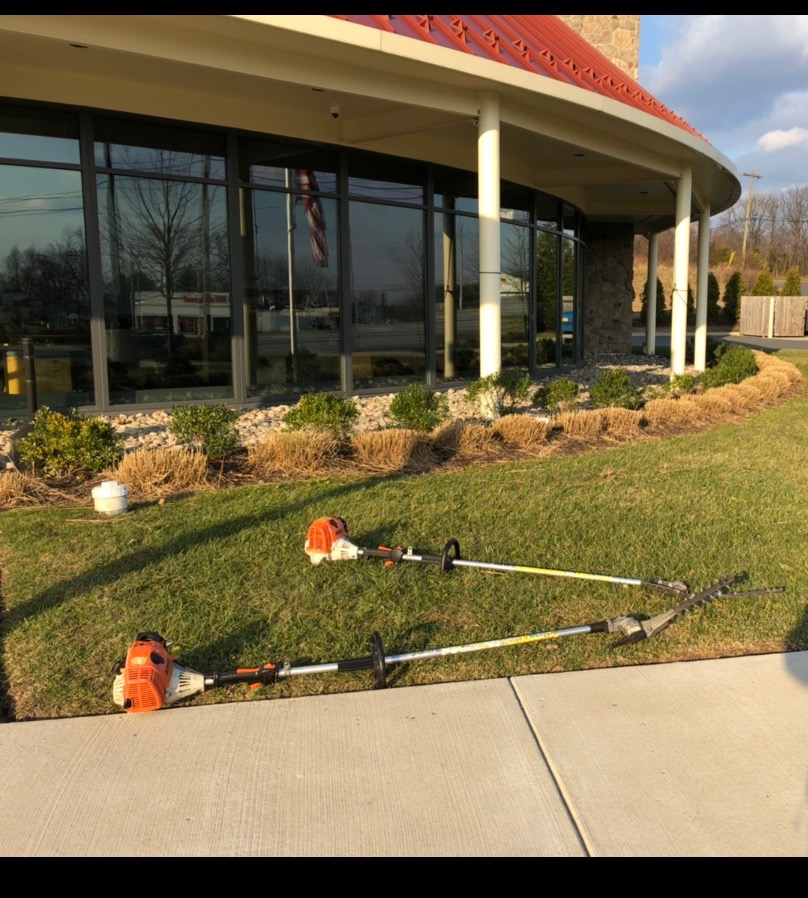Shrub Pruning Services - Kellermans Landscaping